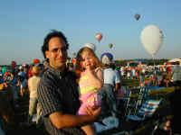 more balloons.jpg (62277 bytes)